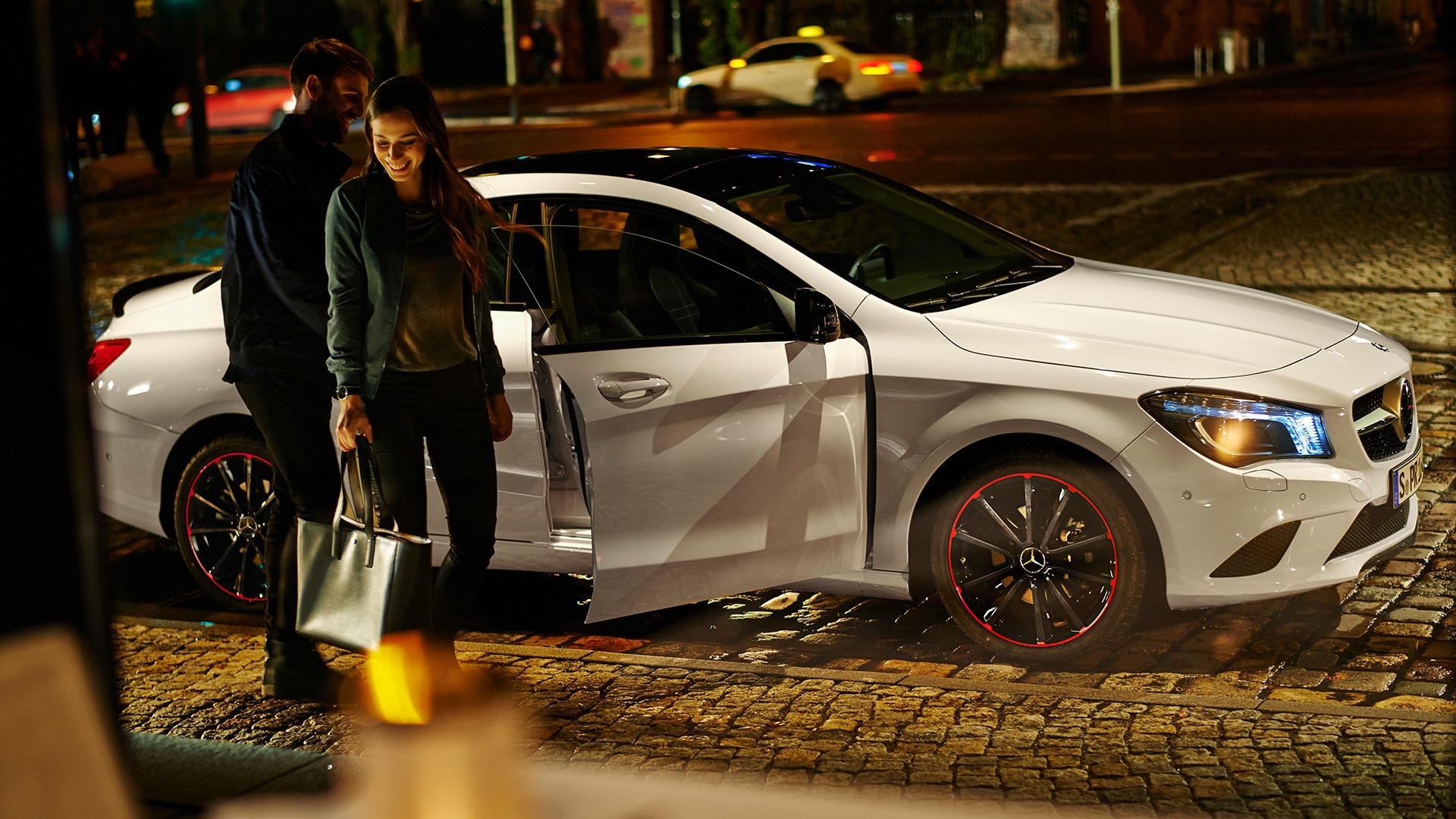Mark Schulze — Art Direction & Graphic Design Mercedes-Benz Accessoires Magalog »more«